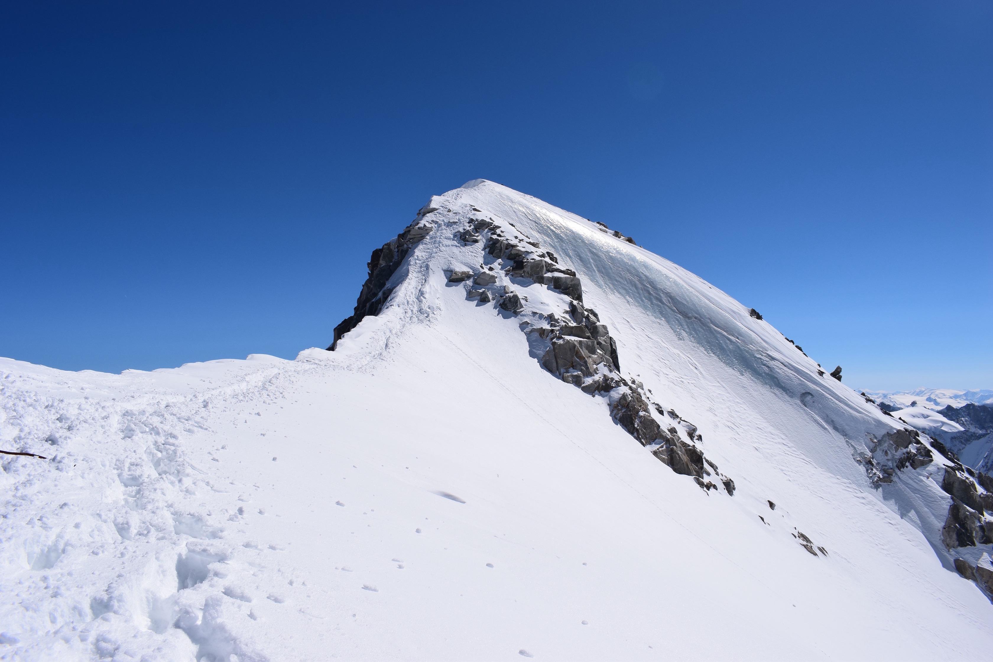 aiguille argentiere summit